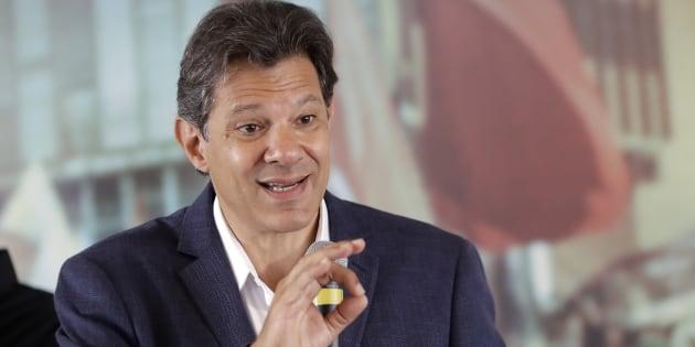 Fernando Haddad vai acionar a Justiça contra Bolsonaro.