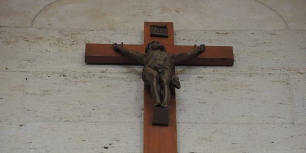 Le crucifix de l'hôtel de ville de Montréal.