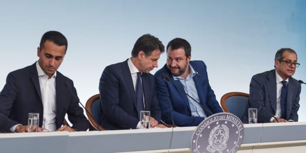 """Al via il vertice sulla manovra. Matteo Salvini: """"All"""