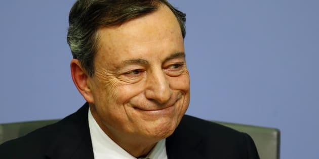 Draghi più fiducioso sul recupero dell'inflazione ma restano rischi e incertezze