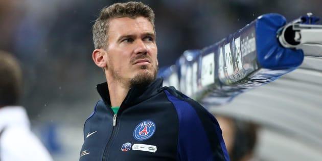 """""""J'ai été lynché médiatiquement, j'ai été """"massacré'', pour reprendre le mot du Parisien"""", dit Nicolas Douchez."""