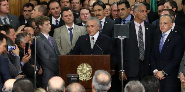 """Temer se valeu de um conceito desenvolvido pelo ministro do STF Luís Roberto Barroso, o de """"desacordo moral razoável"""" para argumentar a invalidade da ADPF."""
