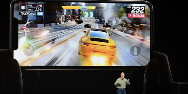 Phil Schiller, vice-président marketing d'Apple, lors du dévoilement du iPhone Xs, mercredi après-midi.