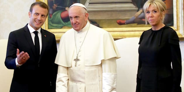 Quelle stratégie derrière l'opération séduction de Macron devant le Pape?