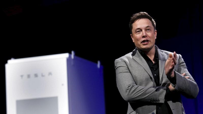 Tesla добавляет 100-мегаваттную батарею в электросеть Техаса