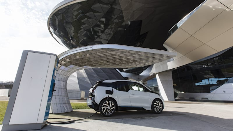The German Government Has Agreed To A Plug In Vehicle Incentive Plan That Would Hand Out About 1 4 Billion Perks Those Who Electric Vehicles And