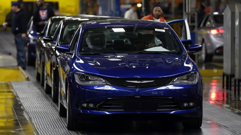 In A Press Conference During The Detroit Auto Show Sergio Marchionne Was Quite Candid About Why Chrysler 200 And Dodge Dart Were Discontinued