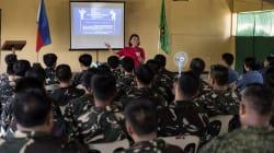 Des camps d'entraînement pour combattre les fausses