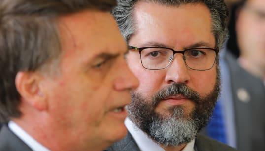 Governo brasileiro convida e desconvida Cuba e Venezuela para a