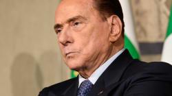 Berlusconi tenta una nuova discesa in campo. Ma Salvini lo tiene lontano (di L.
