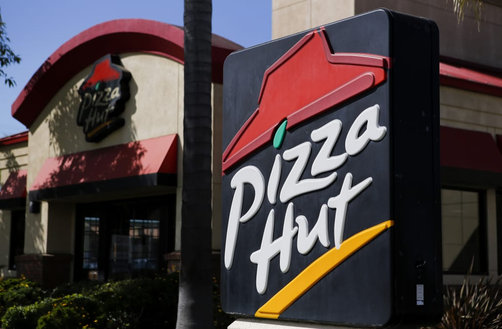 Welcome World League Of Beauty And Fashion Official Web: Pizza Hut Replaces Papa John's As NFL's Sponsor