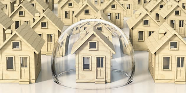 Toronto and Vancouver have the 3rd and 4th largest housing bubble risks in the world, according to the latest ranking from Swiss bank UBS.