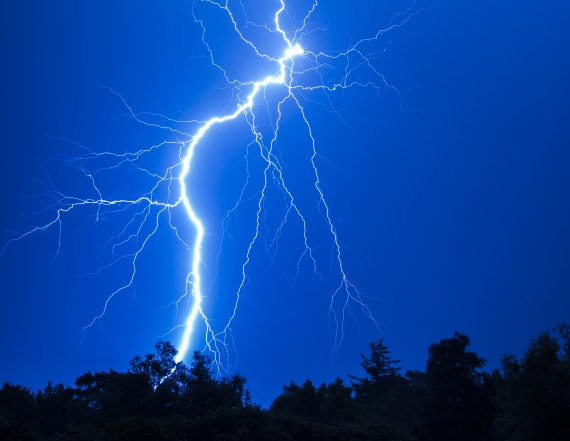 Summer season most dangerous for lightning strikes