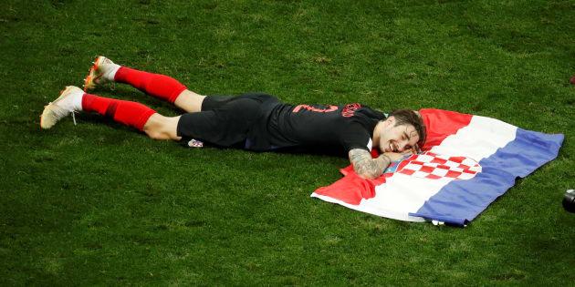 Le Croate Sime Vrsaljko après la qualification de son pays contre l'Angleterre à Moscou le 11 juillet 2018.