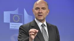 """Moscovici a bien reçu des costumes, mais en tant que """"cadeaux"""" entre """"amis"""