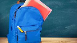 Forrar libros de texto con un calcetín: el truco salvavidas para la vuelta al