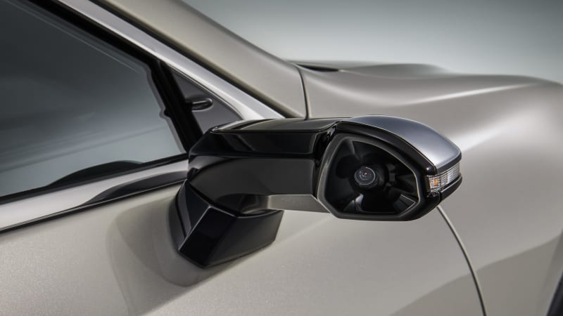 Honors for first side-mirror cameras on a production car go to Lexus ES - Autoblog