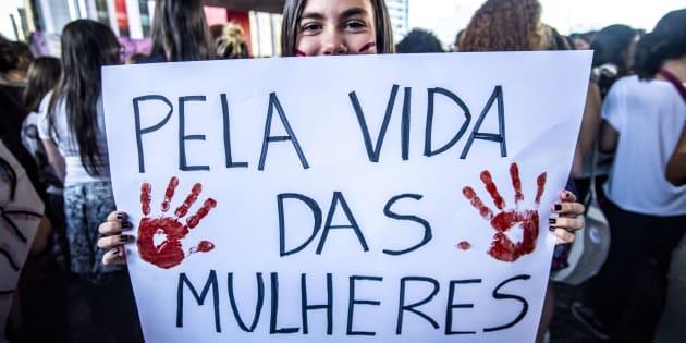Criminalização do aborto é apoiada por metade dos brasileiros