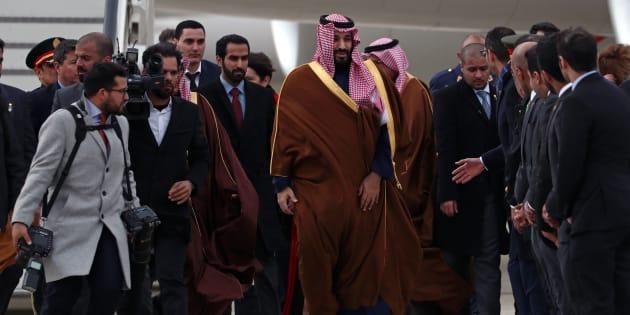 El príncipe Mohammed bin Salman, a su llegada hoy a la base de Torrejón de Ardoz (Madrid).