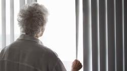 Anziana sotto shock accanto al cadavere del marito, l'ipotesi è di omicidio e tentato