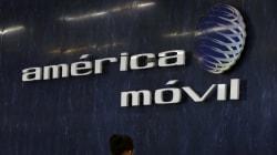 Tras millonaria pérdida, América móvil ve sus acciones