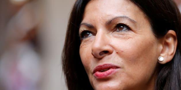 """Accusation d'emploi fictif: """"Capital"""" répond au démenti d'Anne Hidalgo."""