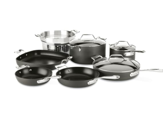 10-piece cooking set is a showstopper gift