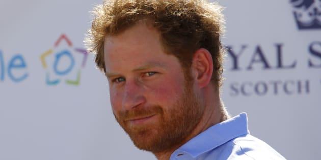 """Le prince Harry explique que personne dans sa famille """"n'a envie devenir roi ou reine"""""""