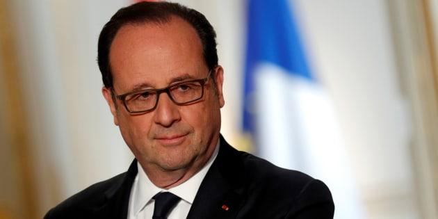 """Hollande """"appellera à voter pour un candidat"""" entre les deux tours"""