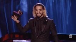 La cara de Natalia Lafourcade mientras Maluma recogía el Grammy