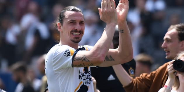 dMar 31, 2018; Carson, CA, USA; Los Angeles Galaxy forward Zlatan Ibrahimovic (9) claps after leading the Galaxy to a 4-3 win over Los Angeles FC at StubHub Center. Mandatory Credit: Robert Hanashiro-USA TODAY Sports