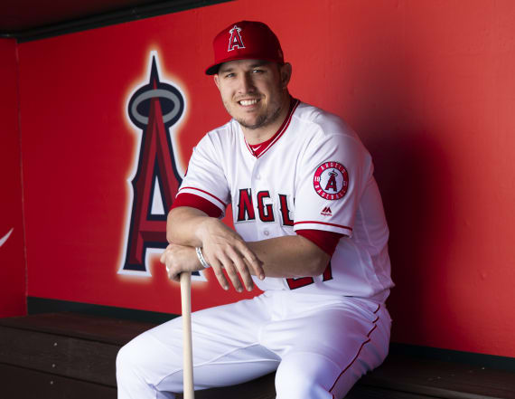 Report: Trout, Angels finalizing monster extension