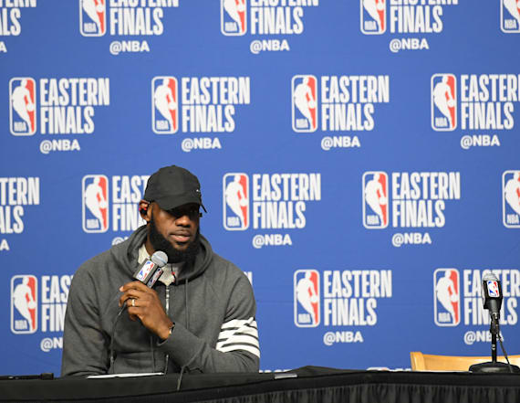 LeBron once again showcases photographic memory