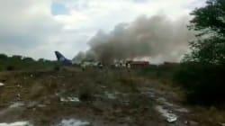 Un avion mexicain s'écrase peu après le décollage avec plus de 100 personnes à bord, aucun mort à