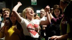 O 'sim' vence em referendo na Irlanda e mulheres terão acesso ao aborto legal no
