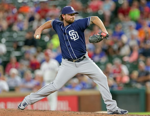 Cleveland Indians trade for Padres closer Brad Hand