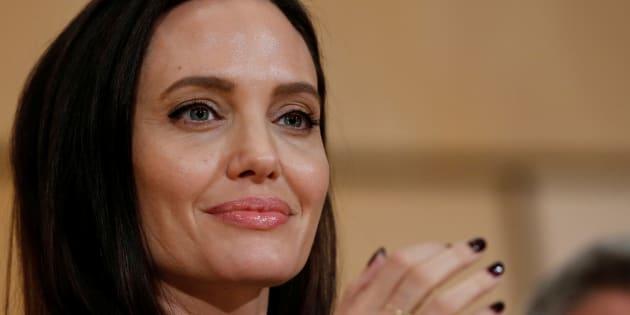 Angelina Jolie révèle être atteinte d'une paralysie de Bell