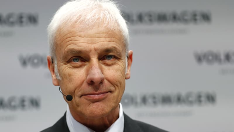 Volkswagen CEO gets 40 percent pay raise on record group profit