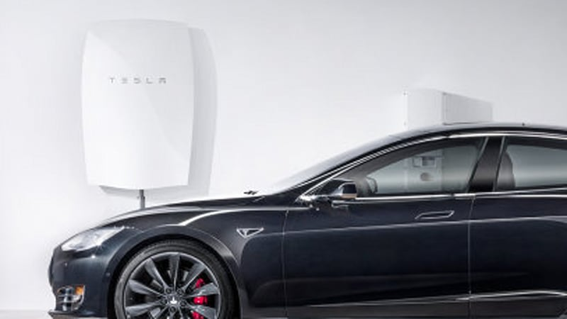 Tesla is sending hundreds of Powerwall battery systems to Puerto Rico
