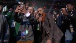 Il prend un selfie avec Justin Timberlake au Super Bowl, mais devient viral pour une autre