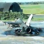 Un technicien belge détruit un F-16 par