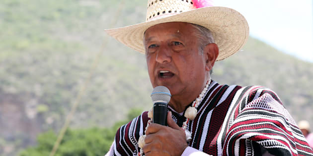 El líder de las encuestas, Andrés Manuel López Obrador, durante un acto de campaña en Tlapa de Comonfort, en Guerrero, el 7 de junio pasado.