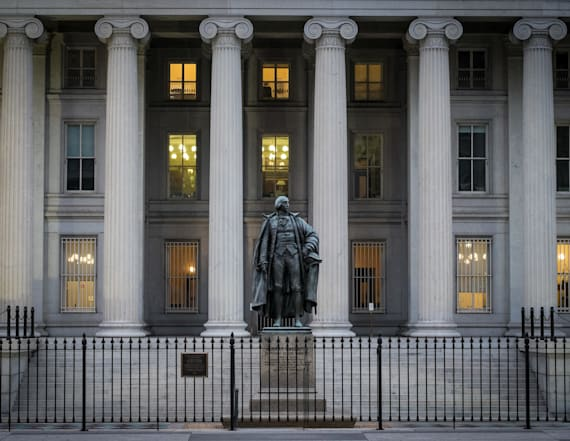 Treasury employee charged with leaking to reporter