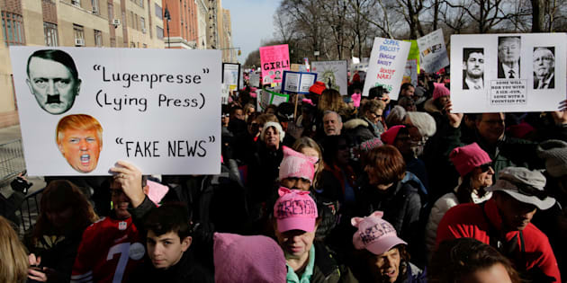 People take part in the Women's March in Manhattan in New York City, New York, U.S., January 20, 2018. REUTERS/Eduardo Munoz