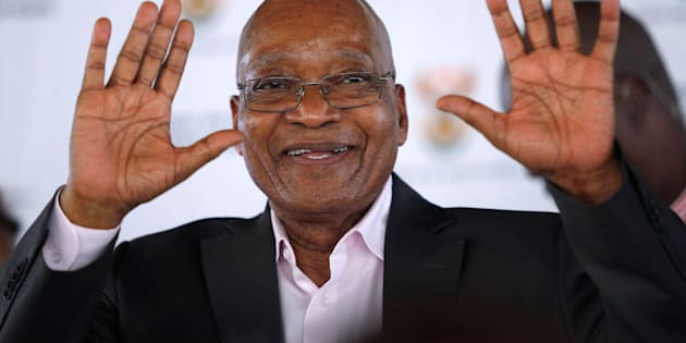 South Africa's President Jacob Zuma greets supporters during a rally following the launch of a social housing project in Pietermaritzburg, South Africa April 1, 2017. REUTERS/Rogan Ward