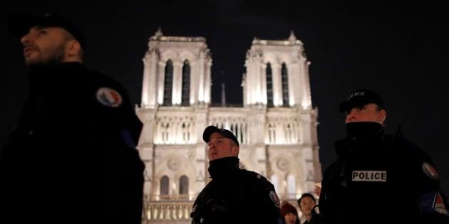 Réveillon du Nouvel An: Entre risque d'attentat et débordements, quel dispositif de sécurité pour la nuit de la Saint-Sylvestre?