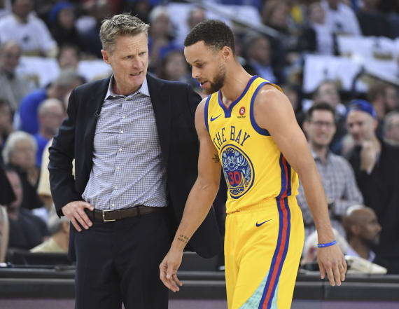 Stephen Curry could miss more playoff time