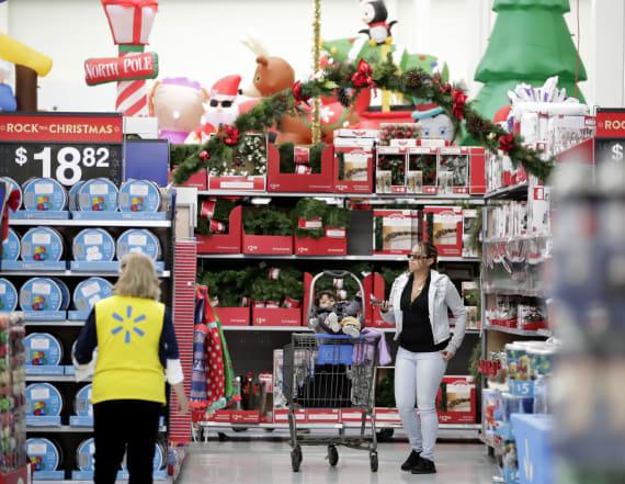 Walmart is bucking a major holiday hiring trend