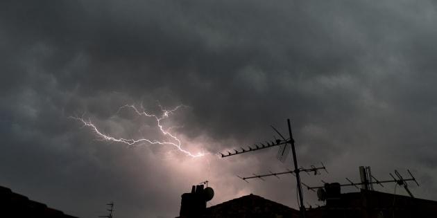Violents orages dans le Sud: 15 départements en vigilance orange.