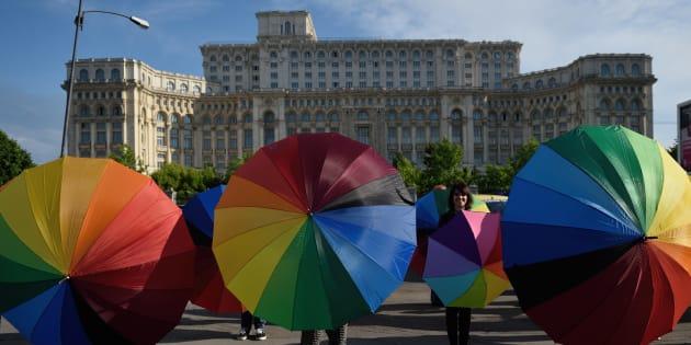 Manifestation contre l'homophobie à Bucarest, en Roumanie, le 17 mai 2016.